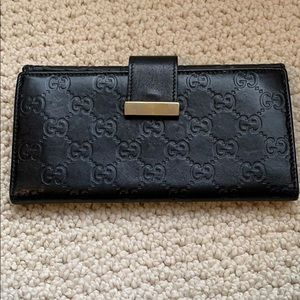 Gucci Guccissima Sima Black Leather Bi-fold Wallet